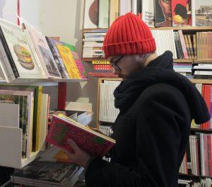 Reading in Magalleria